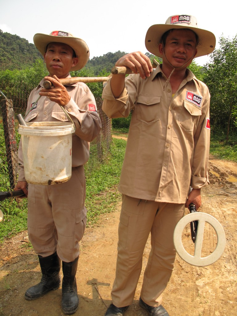 MAG de-miners at Phong Nha